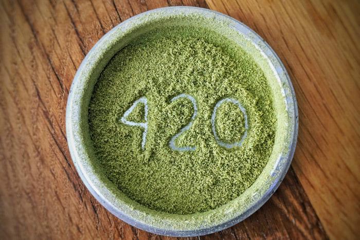 D'où vient le code 420 ? Lecture : 5 min